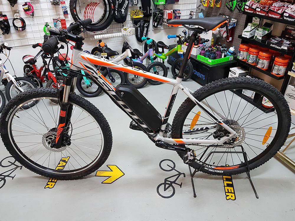 bicicleta-electrica-scott-aspect-gris-7