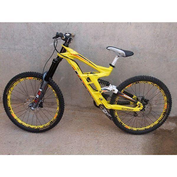 Bicicleta Mtb dh Segunda mano Scott Gambler 10 26 vista lateral