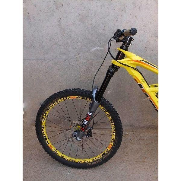 Bicicleta Mtb dh Segunda mano Scott Gambler 10 26 Horquilla