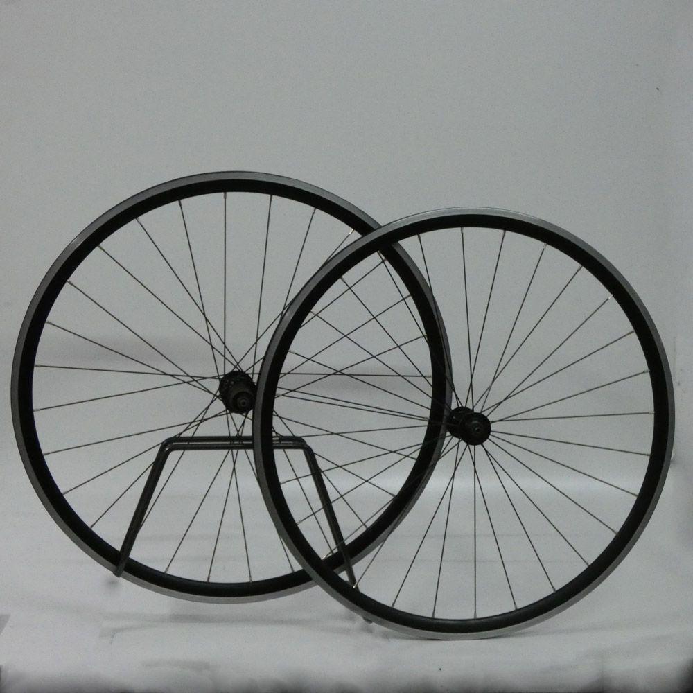 Juego de ruedas shimano rs 10 bicicletas componentes y for Ruedas de segunda mano