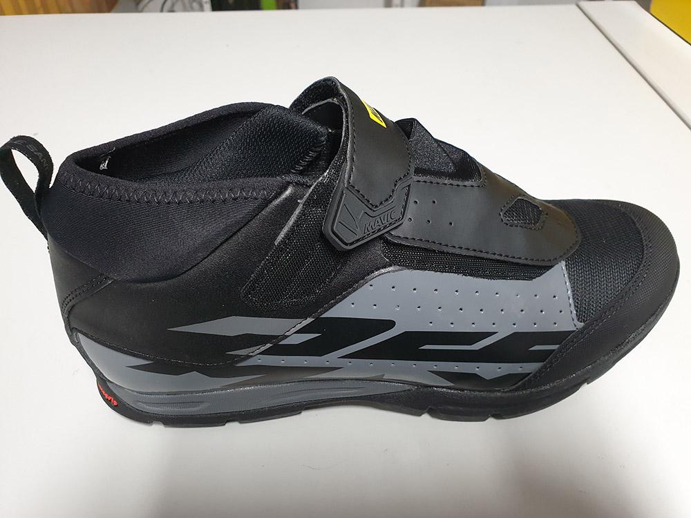 zapatillas-mavi-crossax-demax-elite-negra-gris