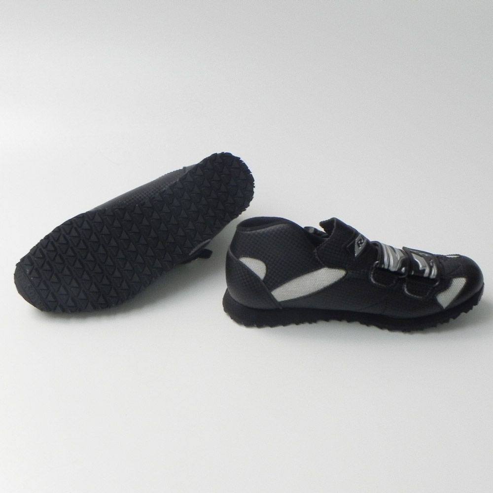 Zapatillas Ribó 3D Negras suela